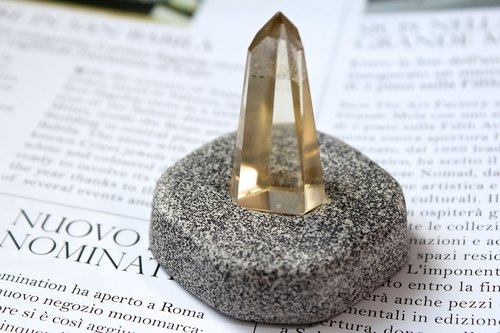SHIZAI ▲ planted natural stone citrine column (with stand) ▲