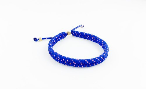 """Braided rope imported fine version sapphire"""