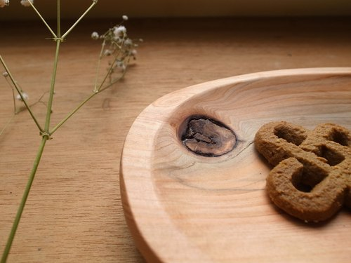 Small things home - Cypress plate [handcrafted wooden disc / Driftwood disc / Cypress]