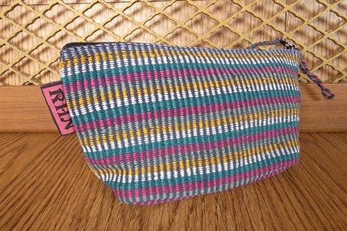 < Taiwan's exclusive hand-woven > Nepal RHN triangle Cosmetic / Universal bags (color pattern)