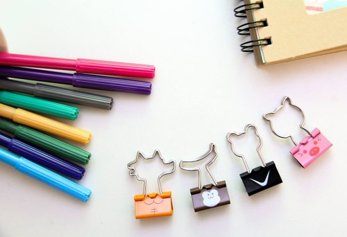 Six-color rainbow animal shaped dovetail clamp