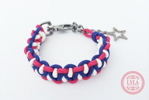 Red, blue and white knit (normal thickness)
