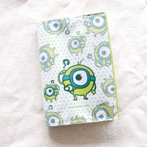 1212 play Design Passport Cover - big eyes baby