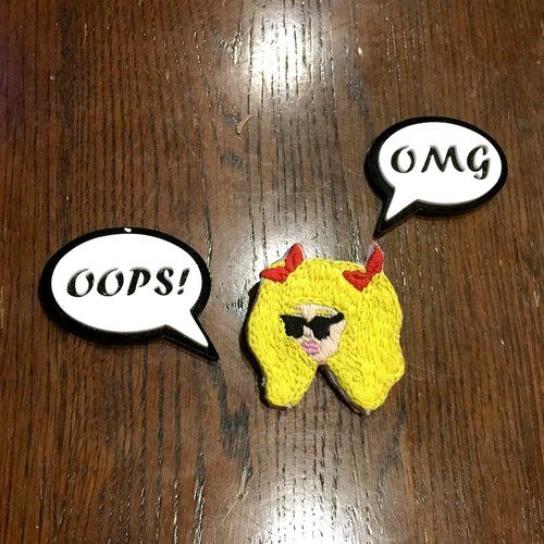 C'est trop Mignon \\ hand-made embroidery * blond bangs ponytail girl pin explosion