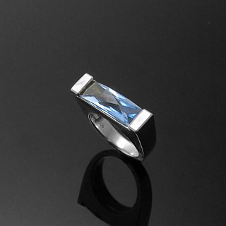 Handmade / sea blue single diamond ring / 925 silver