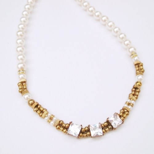 [MUCHU Mu Orange] Queen Mary. Zircon brass shell pearl necklace
