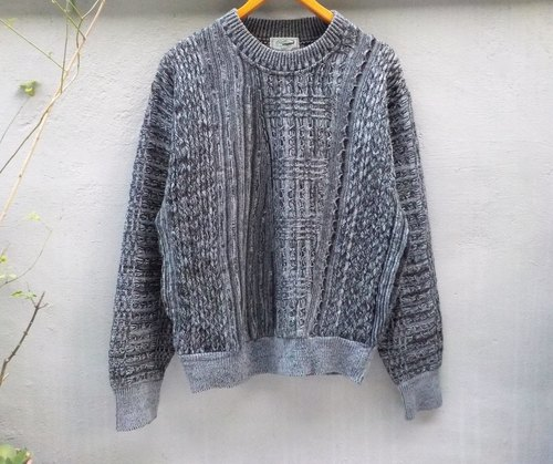 FOAK vintage alligator gray knit sweater