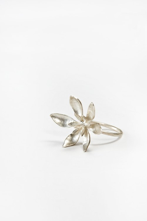 I-Shan13 | Alexandra ink bird fish Series / gardenia ring