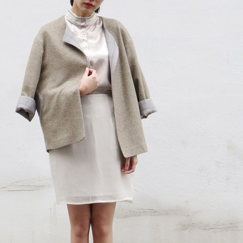 Triangle khaki wool coat
