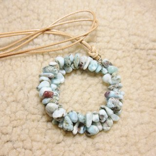 La Lima Larimar Offshore irregular gravel two circle pendant rope attached to the neck, the blue line is only a