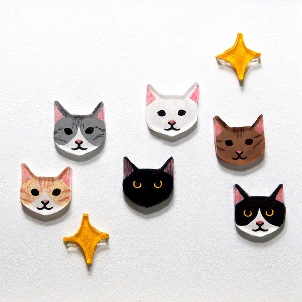 Kittens! (One pair in) hand-painted hand-made ear - not allergic needle / cramping can be changed - rotating adjustable elastic