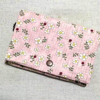 Multilevel purse - pink heap of small white flowers