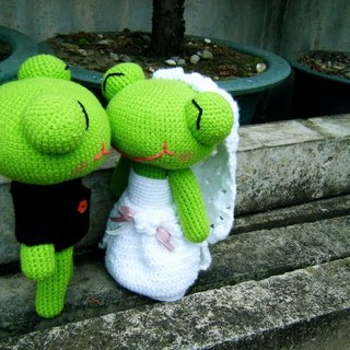 Frog. Wedding Doll (customized part of your wedding doll) for Cai love
