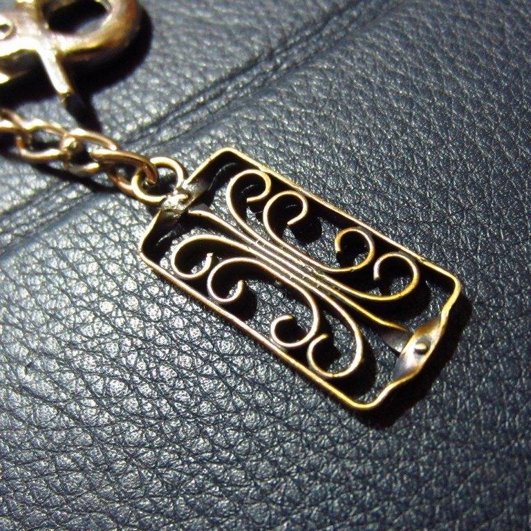 雲語~《窗櫺系列:雲羽》~純手工打造‧黃銅‧鑰匙圈