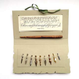 422ECO Folder Writing Set- Wooden Nibholder+9 nibs+ Calligraphy Examples/ France