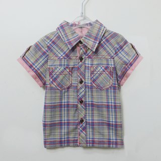 Red and blue plaid short-sleeved shirt