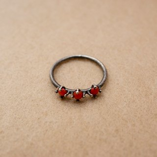 Sterling silver ring with Coral (Only JP#9-11 available)