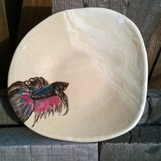 Betta twisted fetal ˙ ˙ elegant hand-painted ornaments painted pot bearing a small tray