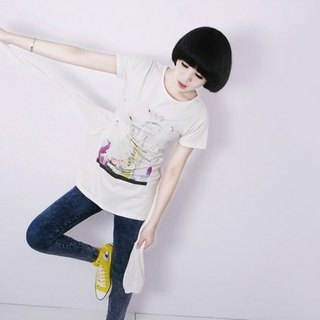 I . A . N Design   Alarmed Woman 圓領 原胚色 純天然 100% 有機棉T Organic Cotton