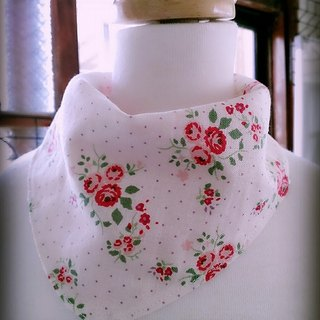 Rose flower triangle scarf block / bibs