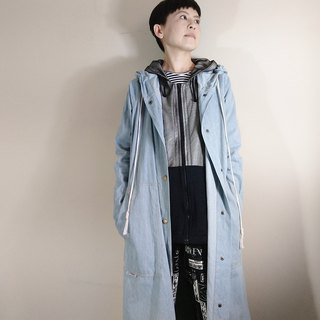 [Between the urban and rural areas] Light blue tannin long version of thin coat