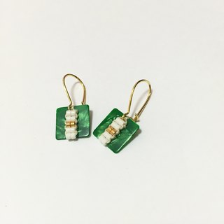 ololssim green retro square ethnic earrings