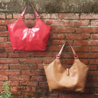 DUAL - Great dumplings sided leather bag - camel with red (second side can be used)