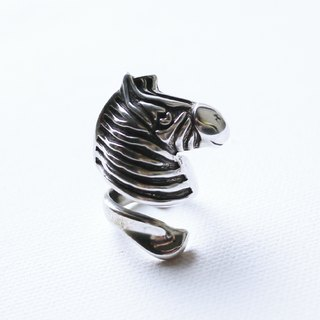 Petite Fille [silver] hand Smiling Zebra Silver Ring