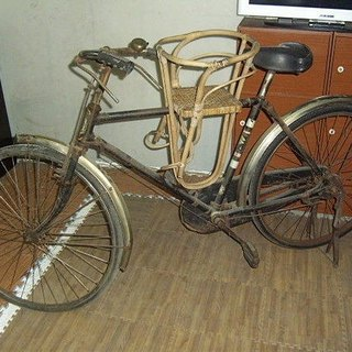 Antique bicycle bike cycling old product cavalry child child child seat cushion bamboo cushion Nordic military dependents rural nostalgia zakka grocery Taiwan Cultural & Creative Photography light food and more meat