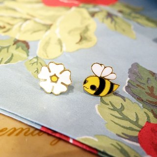 The flower eats the bee | Bee and flower hand made earrings