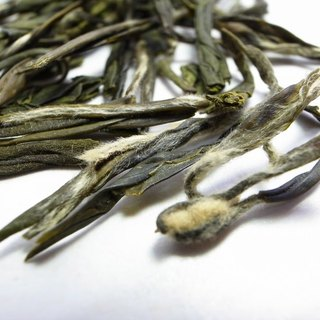Premium Taiwan pre-rain Dragon Well green tea 75g
