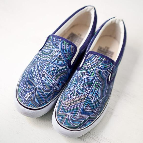 Hand Drawing Shoes / Turquoise Blueover Drive