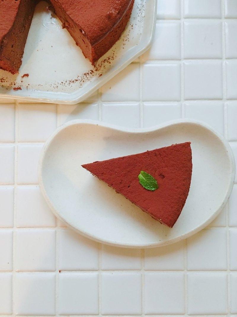 【兩盞燈食試所】濃厚巧克力蛋糕6吋