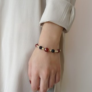 ::A Pinch of Glitter:: Red Agate, Black Onyx Beaded Brass Bracelet (A)