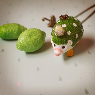 Fabulous Adventure - green lemon rain hedgehog necklace
