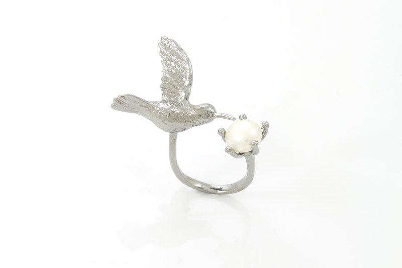Humming Bird Ring - black ruthenium