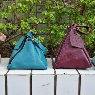 Litchi embossed triangle - square three-dimensional handbag - handmade (Nora)