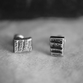 【janvierMade】Contemporary Sterling Silver Earrings / Minimalist Contemporary Stud Earrings / 925 Sterling Silver Handmade Studs