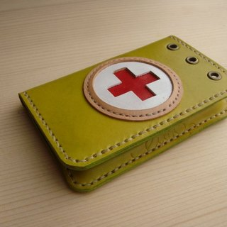 [ISSIS] handmade leather small Red Cross medical field army wind modeling business card holder / card holder