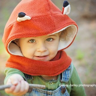 "Italian Mondo Rotondo [+] neck around hooded design ""little fox warm hat around"" 2-3 years"