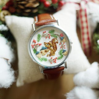 Department of forest animals - squirrel wreath embroidered leather watch / Accessories