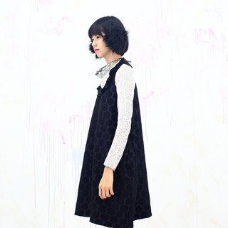 black / pocket dress / pop style/black  dress / winter