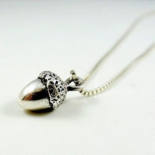 Acorn silver necklace / clavicle chain / gift / Valentine's Day