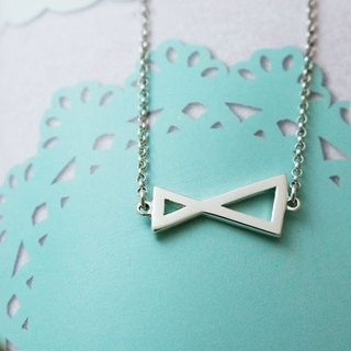 GEORGIA TSAO Geometric Infinity Silver Necklace