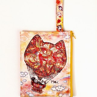 Clutch / Cosmetic Bag / small objects bag / travel carry bag - cat hot-air balloon