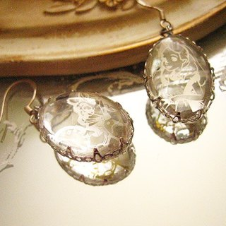[Jolie baby] Alice elusive Series - Alice and silver pocket watch rabbit trim oval earrings