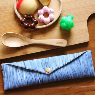 Wen Qing style green chopsticks bag ~ take a look at the cloud when the blue admission package. Green chopsticks bag. Hand made cutlery bag. Exchange gifts.