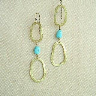 Elliptical turquoise stone earrings