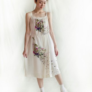 Flower peacock white sleeveless vintage dress
