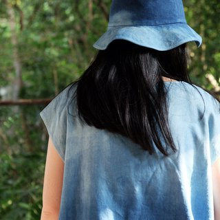 Blue dyed Japanese short board V-neck shirt Gradient blue handmade custom shirt